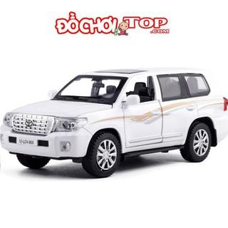 Mô hình xe ô tô Toyota Land Cruiser V8 tỉ lệ 1:32 màu trắng