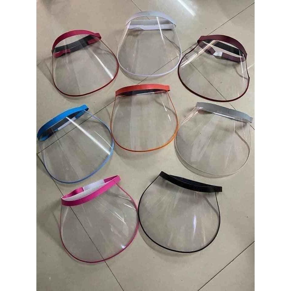 Tấm kính chống dịch