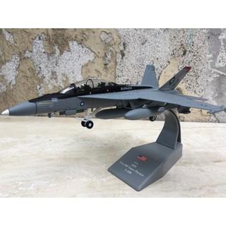 Mô hình Máy bay F-18 Super Hornet 1:100