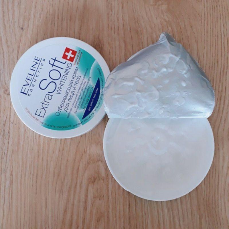 Kem dưỡng trắng da, dưỡng ẩm chống khô nẻ da Eveline Extra Soft Whitening