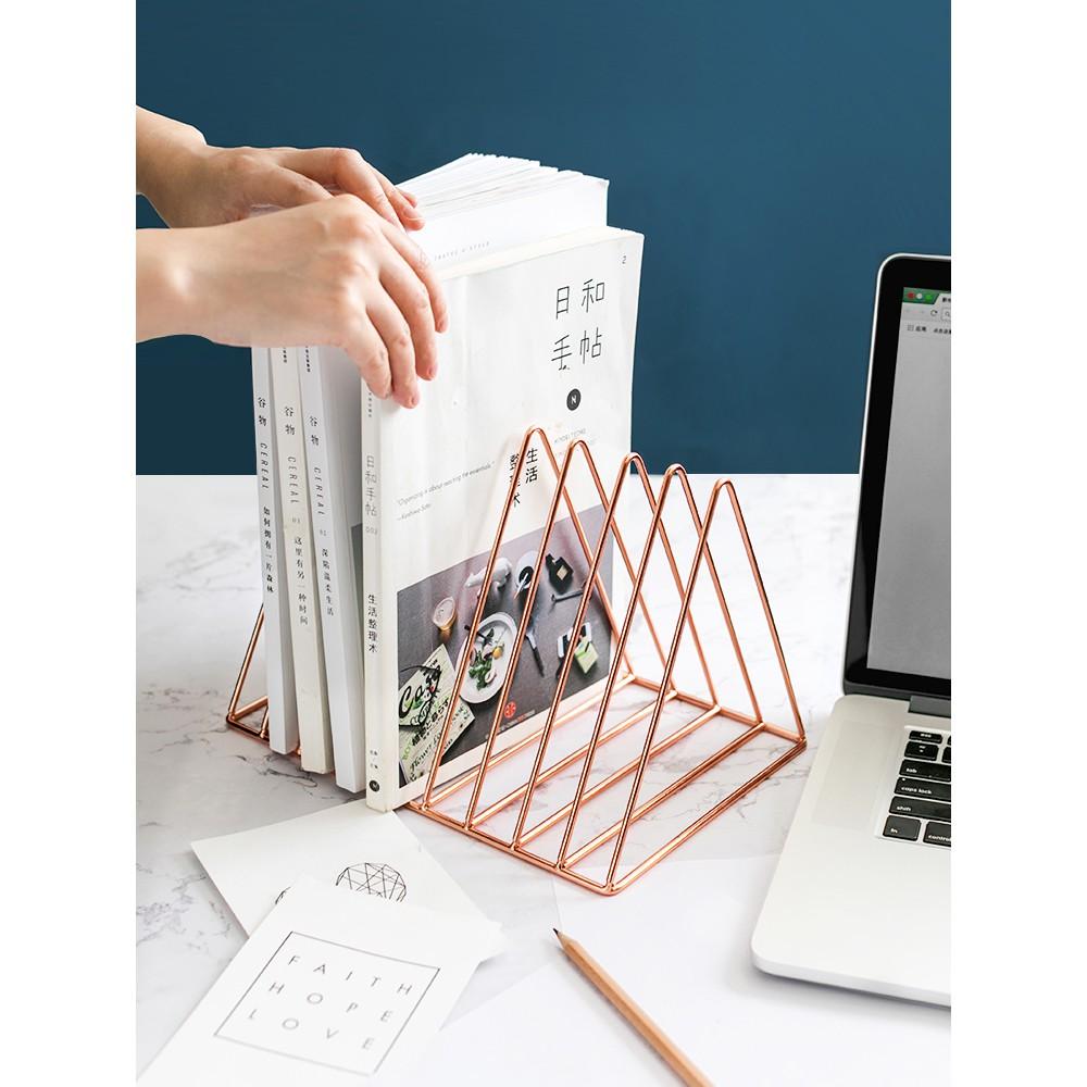 kệ kim loại hình tam giác để đồ tiện lợi - 13814385 , 2479098305 , 322_2479098305 , 324700 , ke-kim-loai-hinh-tam-giac-de-do-tien-loi-322_2479098305 , shopee.vn , kệ kim loại hình tam giác để đồ tiện lợi