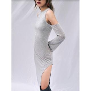 Là min - Váy xẻ Khiết Yên Knit Dress With Cut Out Sleeve thumbnail