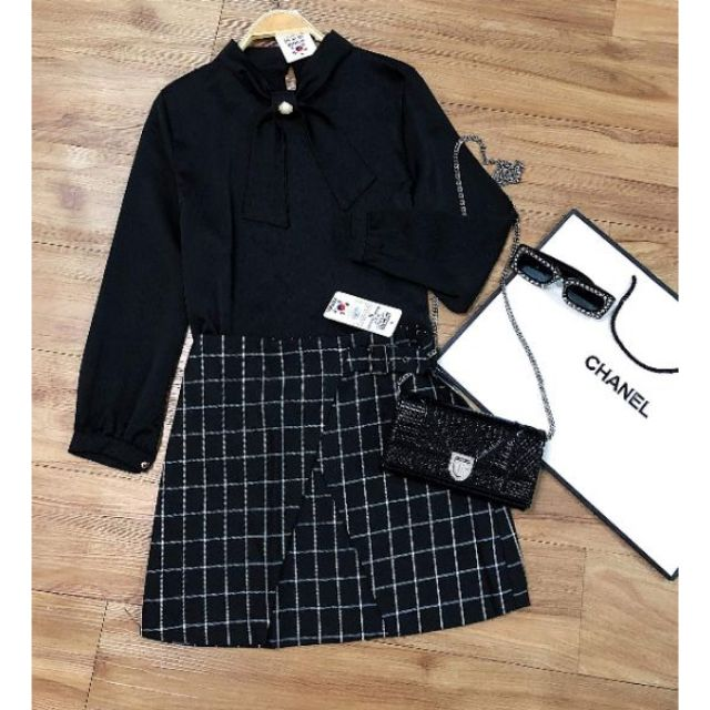 1006132432 - Chân váy kẻ Korea có lót lụa bên trong cực đẹp (mặc cực tôn dáng) đẹp lắm ạ
