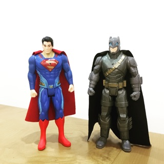 Đồ chơi mô hình batman superman(second hand)