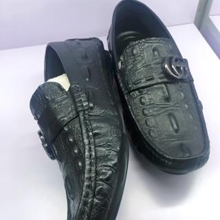 Giày da bò vân cá sấu màu đen cao cấp