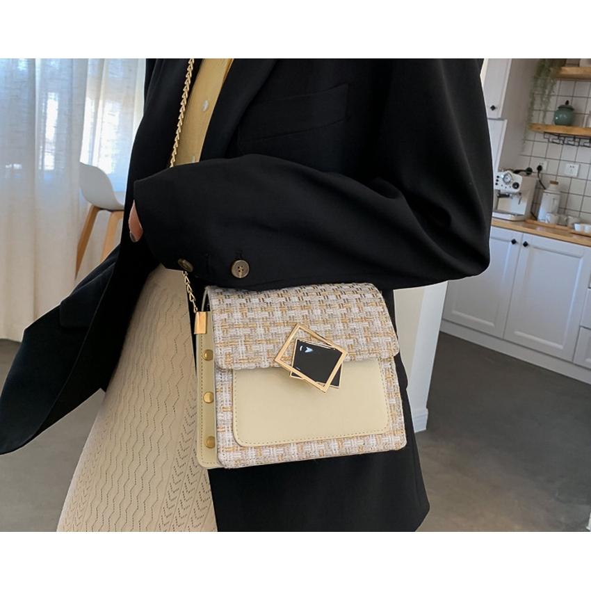 Túi nữ, túi đeo chéo khóa nghiêng đen BH 386
