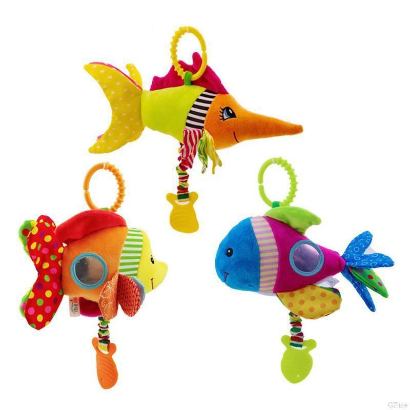 Thú nhồi bông hình cá nhiều màu sắc bắt mắt có móc treo xe nôi em bé tiện lợi