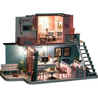 Mô hình nhà búp bê I-DIY – Pink Cafe quán cafe màu hồng sang trọng (có đủ mica che bụi + cót nhạc)