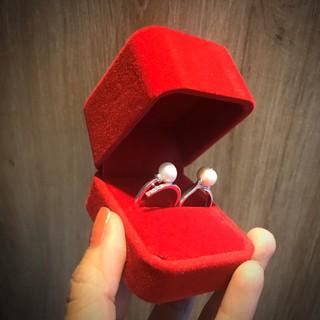 Hộp nhẫn nhung đỏ, chất liệu nhung sang trọng, phục vụ tặng quà, tặng nhẫn