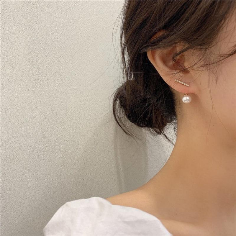 Hoa tai nữ đính đá và ngọc trai giả phong cách Hàn Quốc đơn giản
