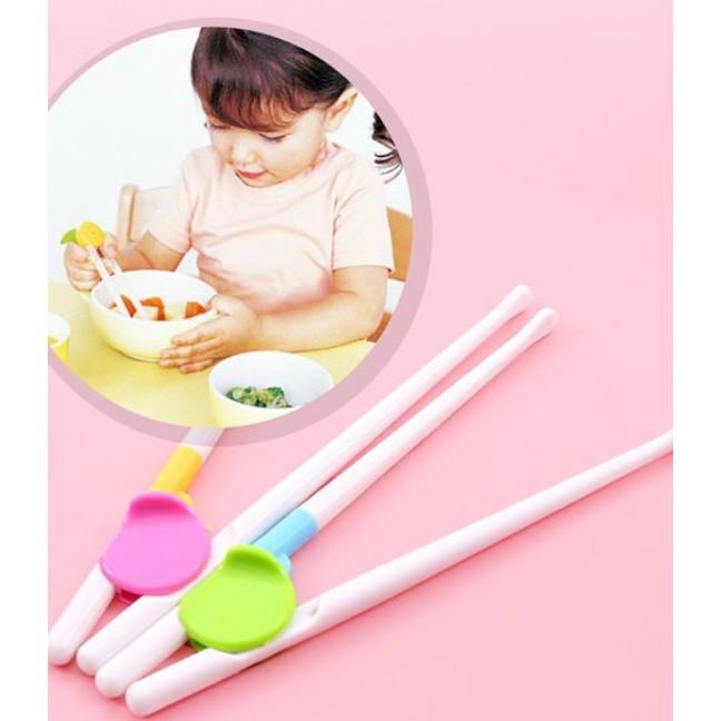 Đũa tập ăn cho bé HÀNG XUẤT NHẬT