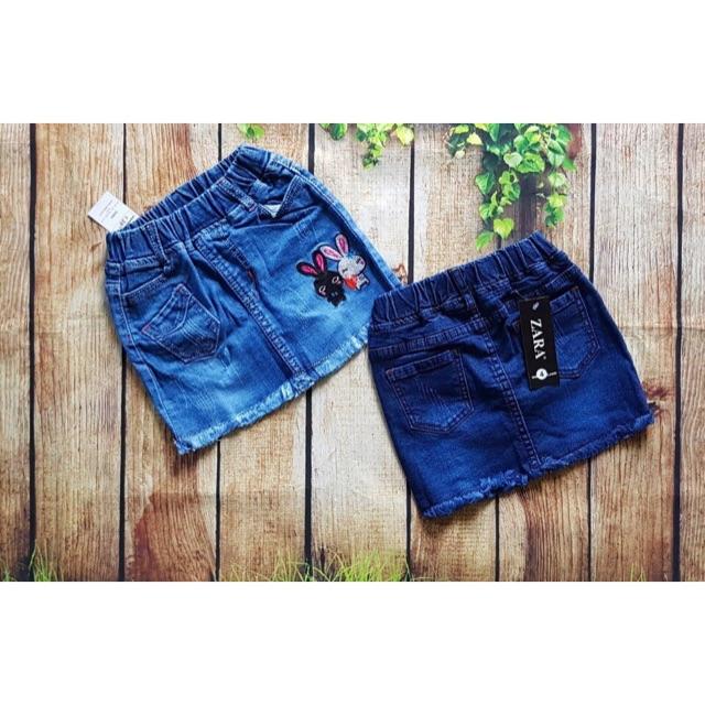 Chân váy jeans cho bé gái thêu thỏ - 2723885 , 758097996 , 322_758097996 , 150000 , Chan-vay-jeans-cho-be-gai-theu-tho-322_758097996 , shopee.vn , Chân váy jeans cho bé gái thêu thỏ