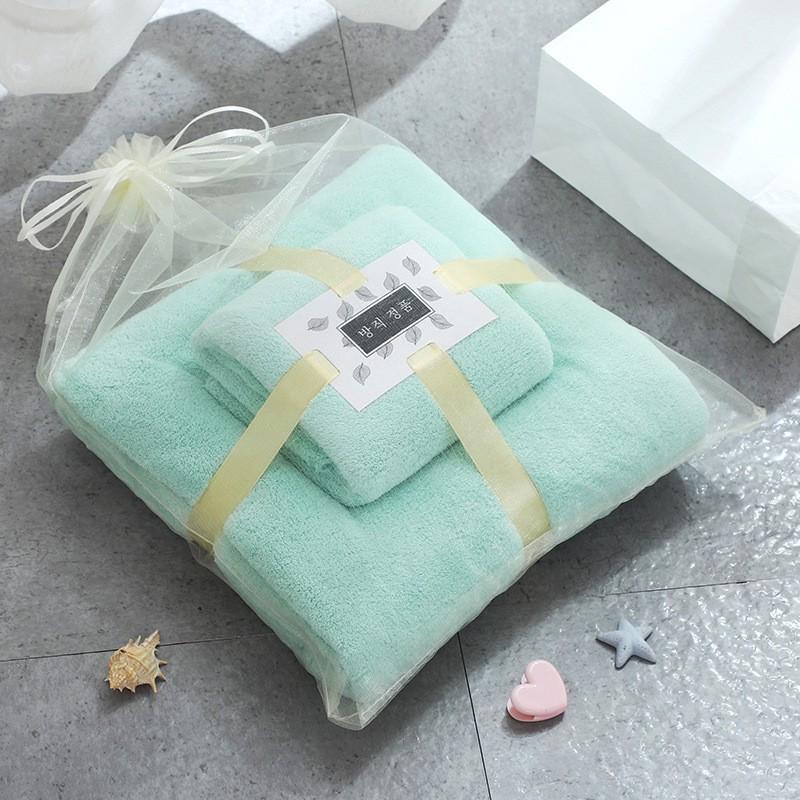 Khăn tắm cho mẹ vá bé