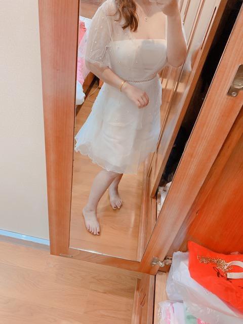 Đầm dự tiệc có mút ngực tay phối lưới kim tuyến váy xòe