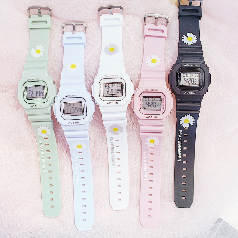Simple Electronic Watches Small Daisy Flower Motif For Women / Couples Watch