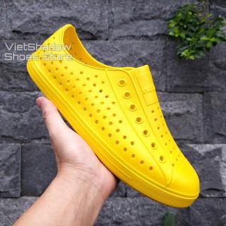 Giày nhựa siêu nhẹ nam nữ - Chất liệu nhựa xốp EVA siêu nhẹ, không thấm nước - Màu vàng trơn và có viền thumbnail