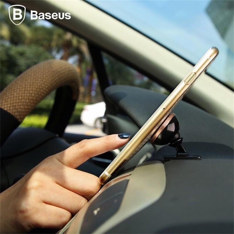 Giá đỡ điện thoại Baseus thông dụng có từ tính xoay được 360 độ gắn trong xe hơi