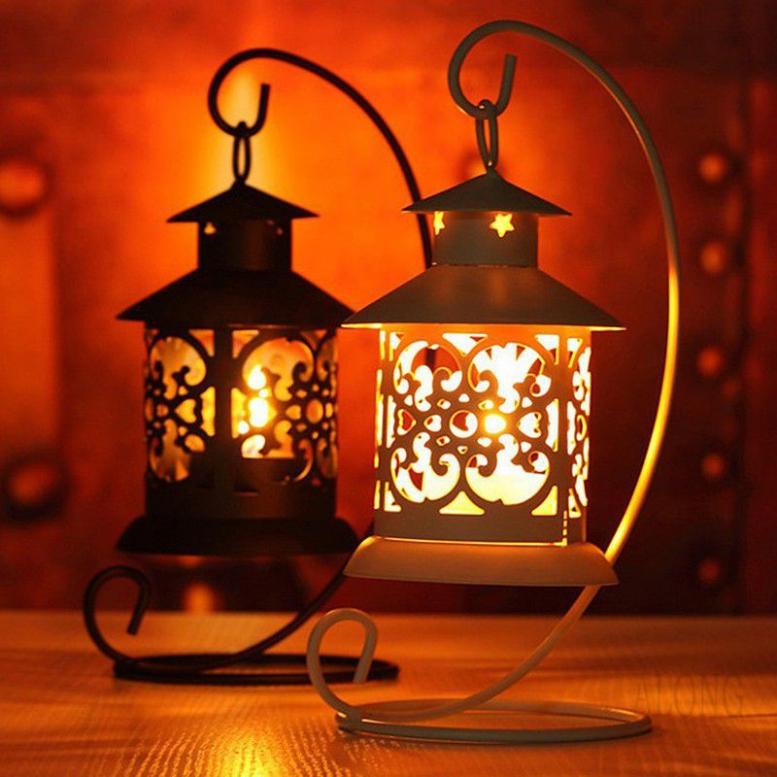 1 lồng đèn sắt phong cách châu Âu trang trí nhà cửa