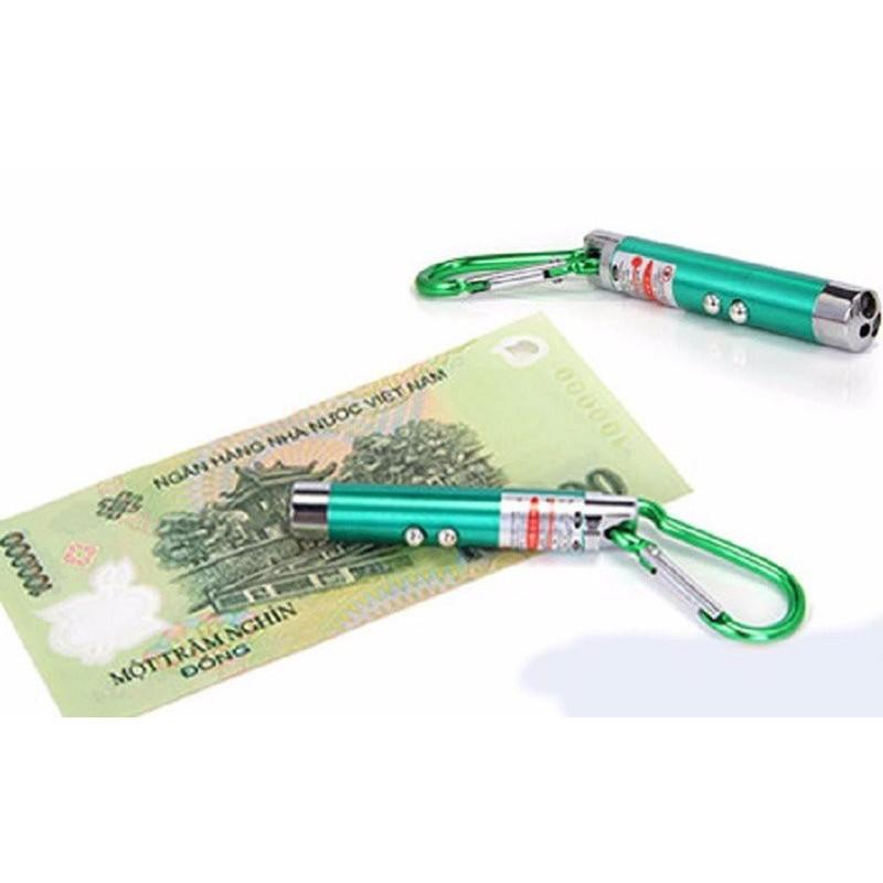 Móc khóa soi tiền giả kiêm bút trình chiếu, đèn pin - 2833531 , 52691544 , 322_52691544 , 16000 , Moc-khoa-soi-tien-gia-kiem-but-trinh-chieu-den-pin-322_52691544 , shopee.vn , Móc khóa soi tiền giả kiêm bút trình chiếu, đèn pin