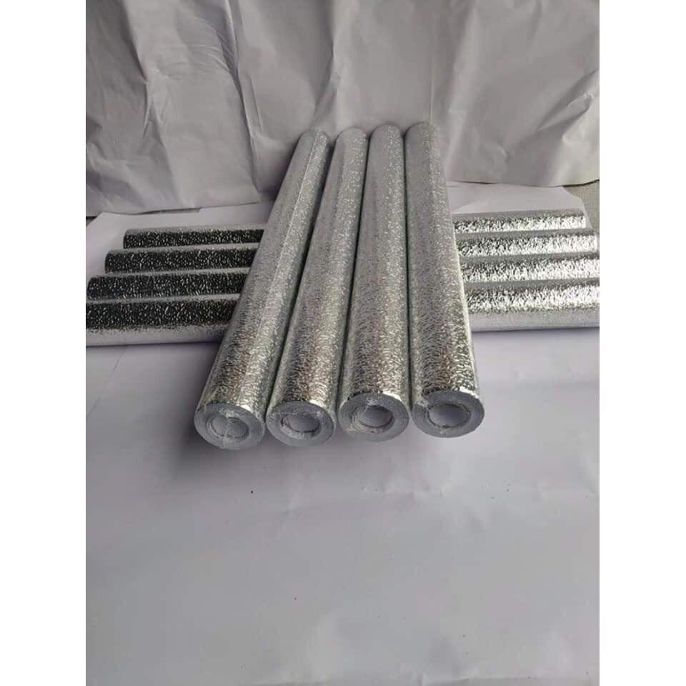 Cuộn giấy bạc tráng nhôm cách nhiệt dài 3m rộng 60cm dùng dán tường bếp dán lót mặt bếp dán lót tủ dán tường.