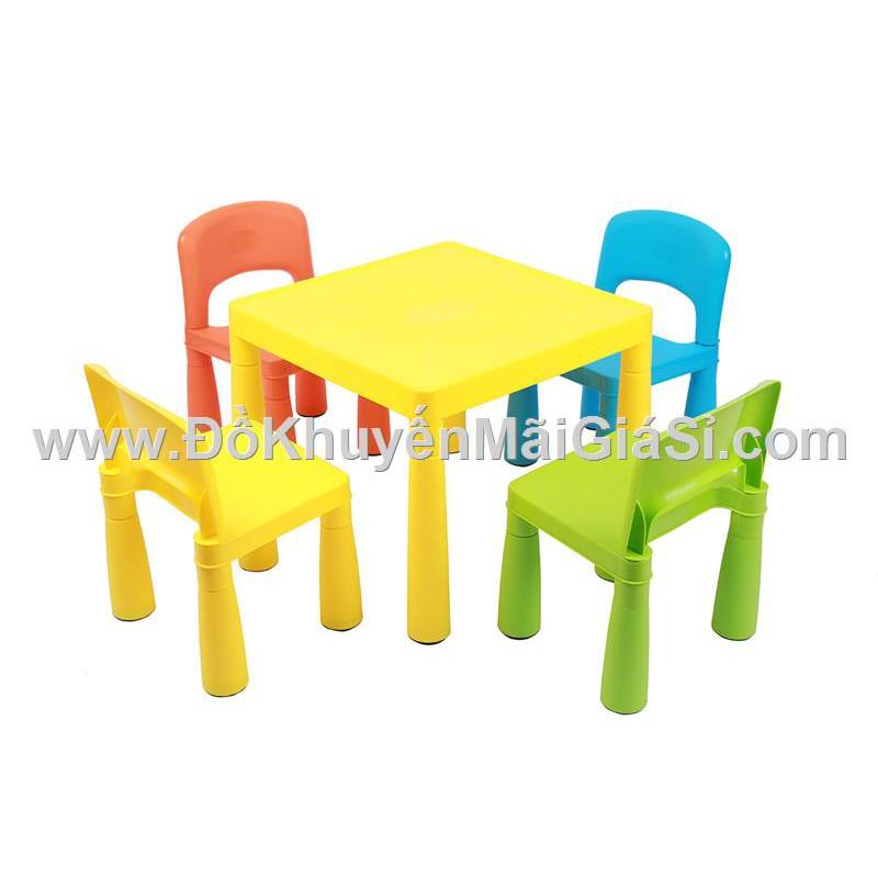Bộ 1 bàn + 4 ghế sắc màu Friso bằng nhựa cho bé. - 3354725 , 603139207 , 322_603139207 , 245000 , Bo-1-ban-4-ghe-sac-mau-Friso-bang-nhua-cho-be.-322_603139207 , shopee.vn , Bộ 1 bàn + 4 ghế sắc màu Friso bằng nhựa cho bé.