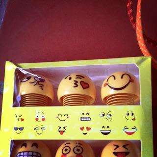 Set 6 con emoji vui nhộn lò xo vàng