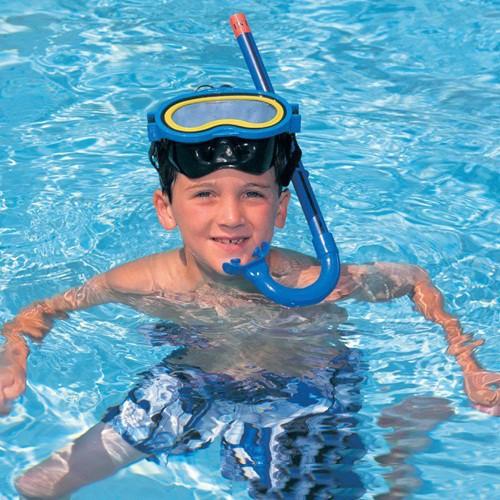 Kính bơi có chặn mũi và ống thở