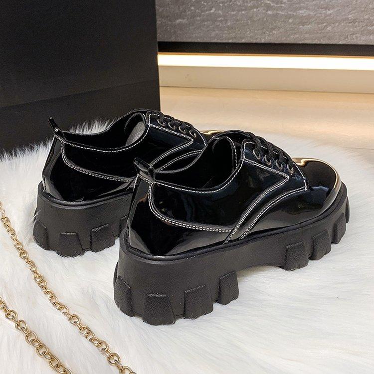 Giày Nữ Đế Bằng Mũi Tròn Cột Dây Thời Trang