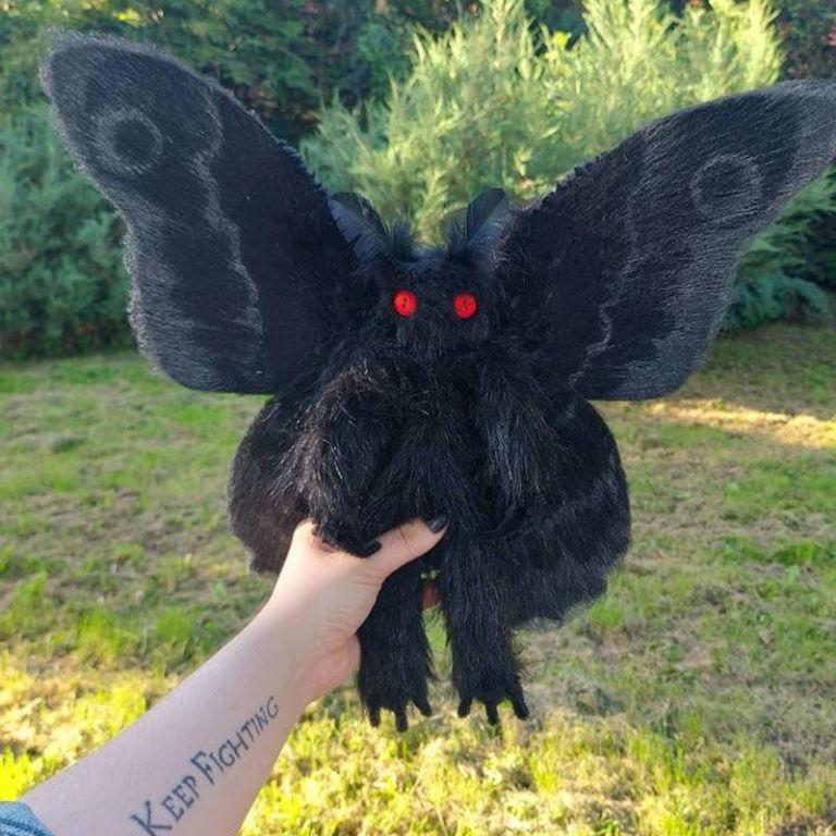 Búp bê nhồi bông hình người bay phong cách Gothic sáng tạo