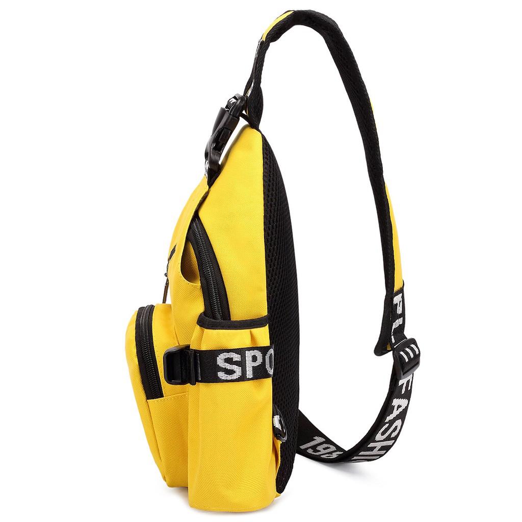 Túi đeo chéo cá tính HARAS HRSP127 màu vàng