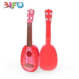 Đàn guitar mini giúp bé phát triển tài năng âm nhạc (hình dâu tây)