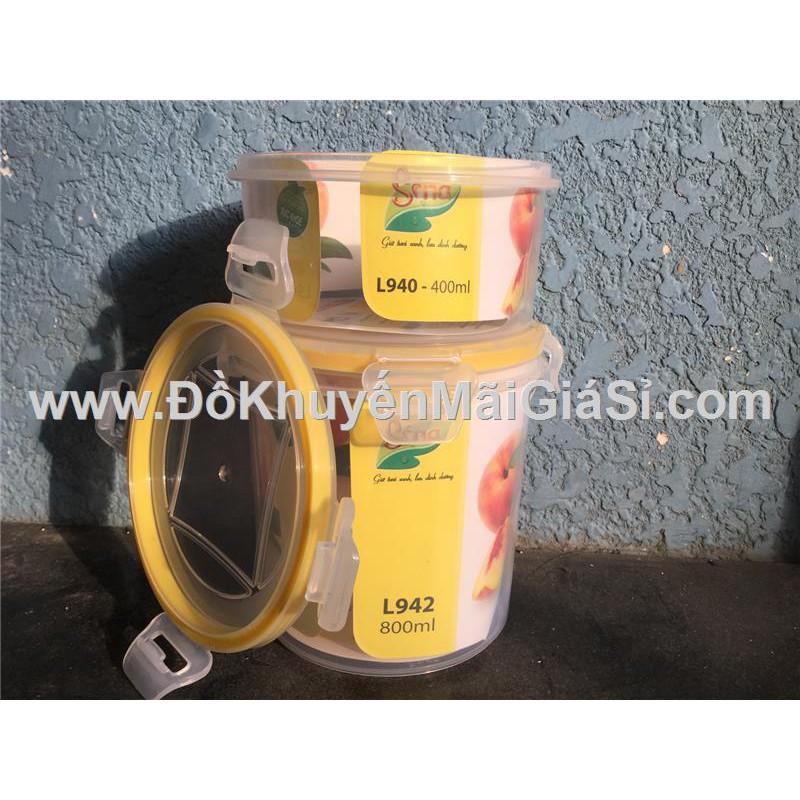 Bộ 2 hộp nhựa tròn Sina nắp gài L940 (400 ml) + L942 (800 ml).