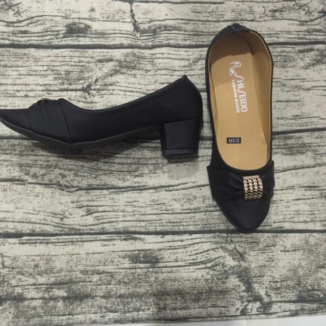 Giày gót vuông nơ bản