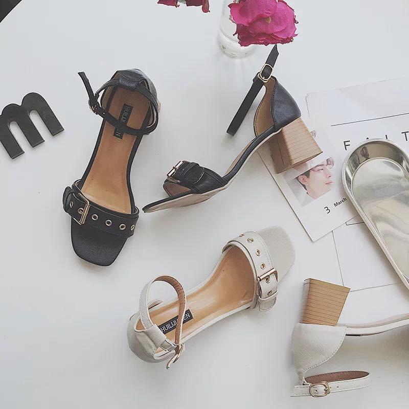 order giày cao gót đen trắng