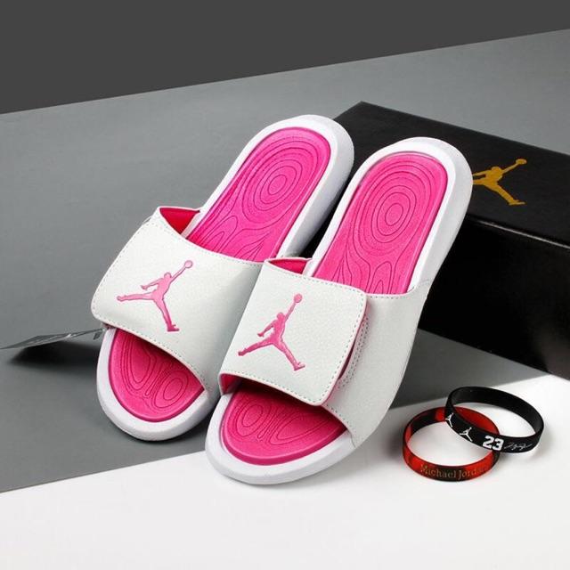 Dép Jordan hydro hông trắng cực xinh (tặng box)