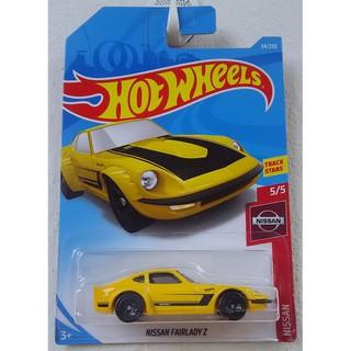 Xe mô hình Hot Wheels Nissan Fairlady Z FYD18