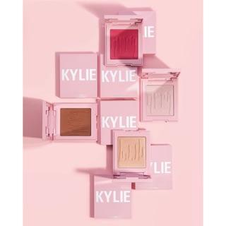 Kylie Jenner - Phấn Tạo Khối - Bă t Sa ng Kylie Pressed Brozing Power 11g - Kylighter 9,50g thumbnail