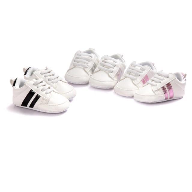 Giày tập đi 2 sọc đế mềm cho Bé trai, bé gái - 3186945 , 604212959 , 322_604212959 , 99000 , Giay-tap-di-2-soc-de-mem-cho-Be-trai-be-gai-322_604212959 , shopee.vn , Giày tập đi 2 sọc đế mềm cho Bé trai, bé gái