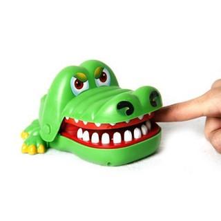 Bộ trò chơi cá sấu cắn tay | TẠI CẦU GIẤY