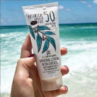 Kem chống nắng Australian Gold Botanical SPF 50 Tinted Face Sunscreen 89ml thumbnail