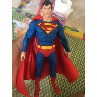 mô hình superman 1000toy