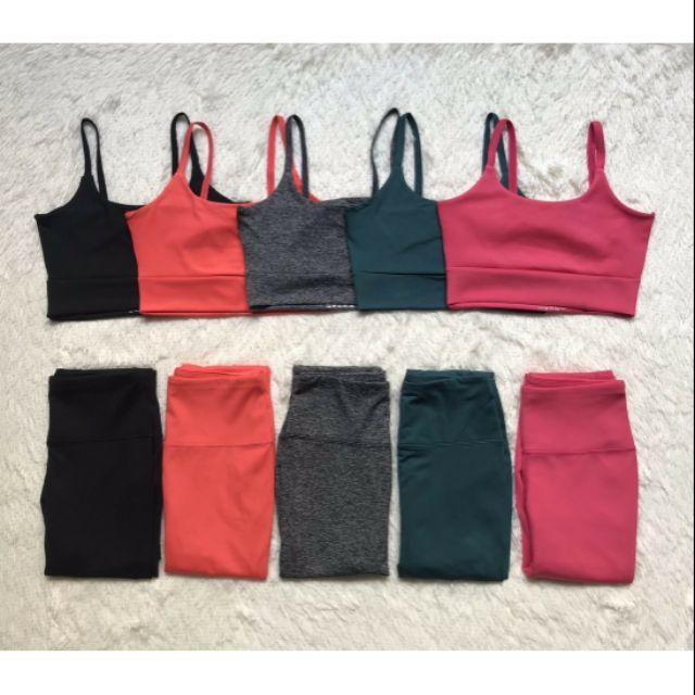 Set bộ xoắn lưng vải đẹp mịn mát tập gym