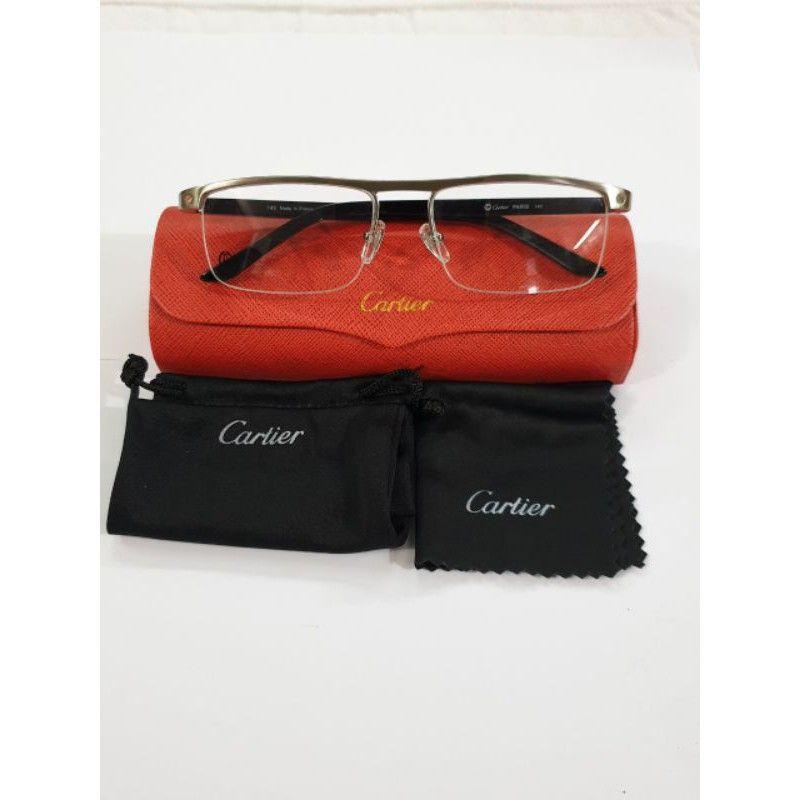 Gọng kính xẻ cước Cartier của Pháp mạ vàng
