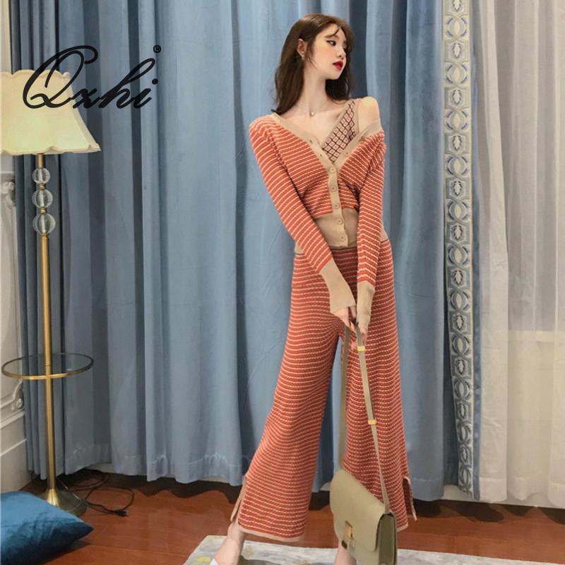 Set áo dệt kim + Quần yếm kẻ sọc thời trang cho nữ - 14757277 , 2705229923 , 322_2705229923 , 576000 , Set-ao-det-kim-Quan-yem-ke-soc-thoi-trang-cho-nu-322_2705229923 , shopee.vn , Set áo dệt kim + Quần yếm kẻ sọc thời trang cho nữ