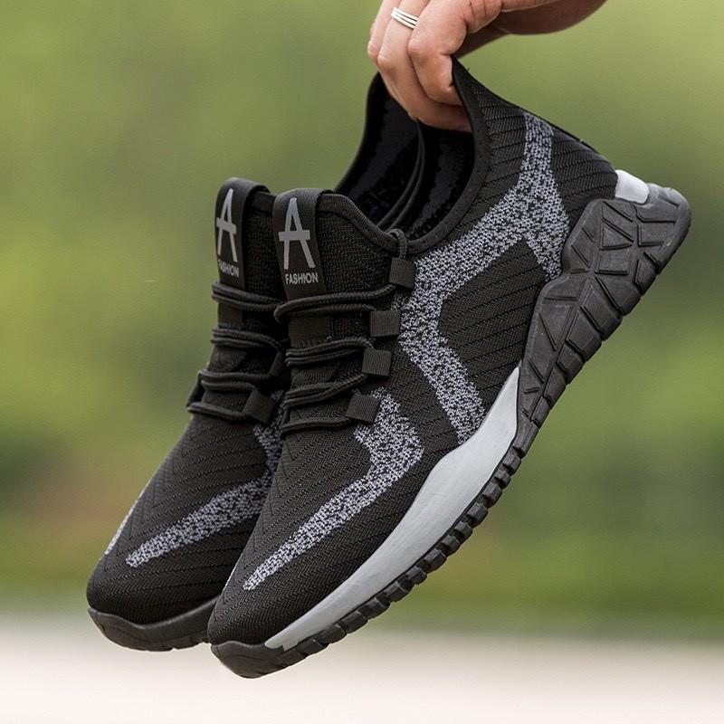 Giày Thể Thao Nam Phong Cách Sneaker Trẻ Trung Năng Động Chất Liệu Vải Đế Cao Su Non Đi Cực Êm Giày Rẻ 2021 - EM032