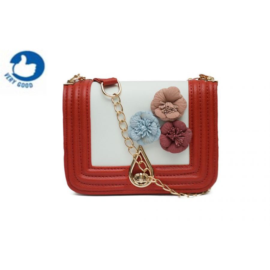 Túi xách đeo chéo nữ hoa trà , khóa giọt lệ Verygood MS10- màu trắng đỏ