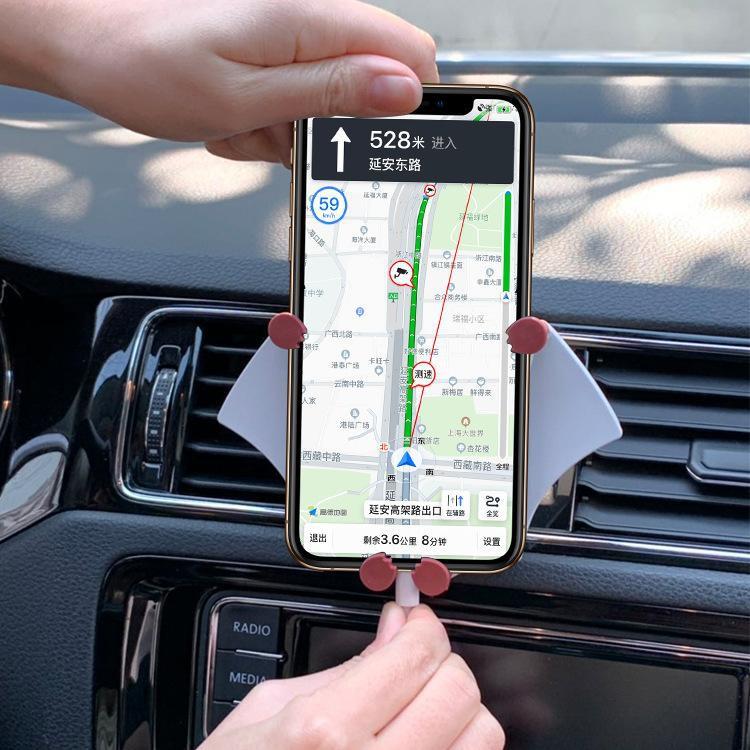 XẢGiá đỡ điện thoại cho xe hơi hình batmen tiện lợi,thiết kế độc lạ, đẹp mắt , tiện lợi. 8835