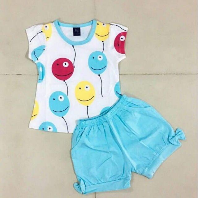 Quần áo trẻ em. 280k