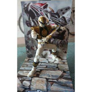 Siêu nhân trắng Lightning colection power ranger (White rangers)