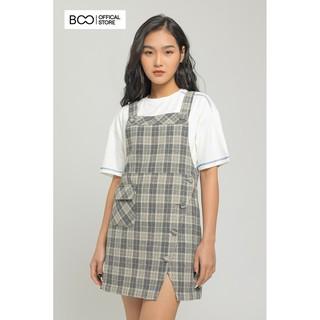 Váy Yếm Nữ BOO Dáng Suông Rộng Phối Khuy Và Túi Cá Tính Màu Kẻ Caro Ghi thumbnail